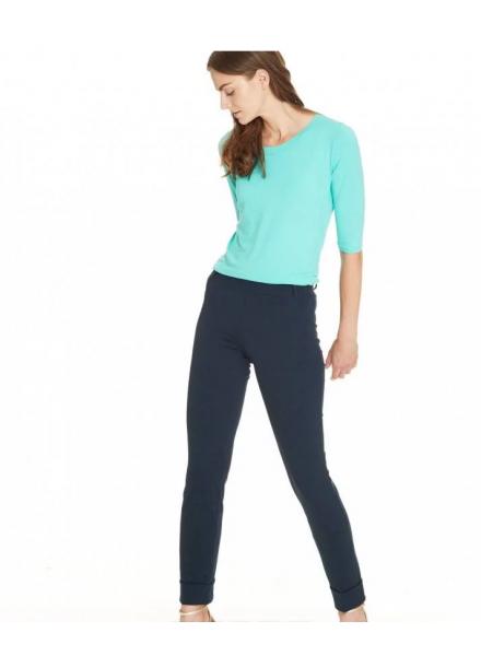 Pantalone modello a alta vita